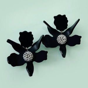 NWT Anthro Lele Sadoughi Lily Earrings in black